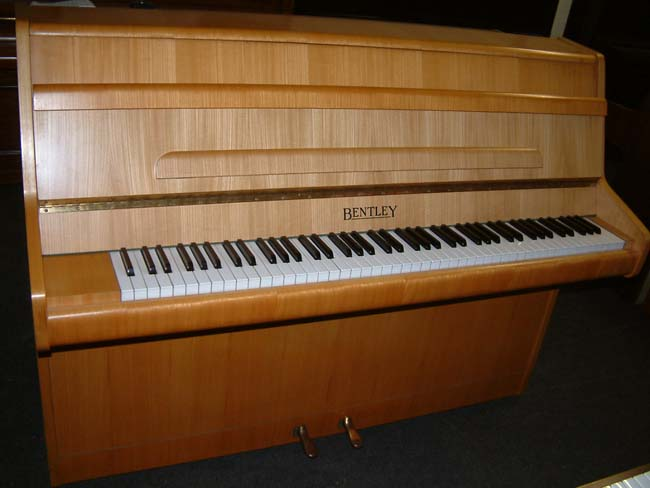 Bentley Oak Colour piano