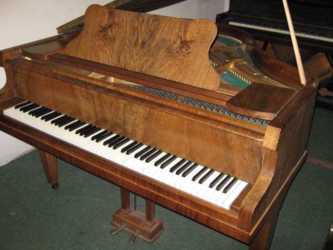 Squire pianos