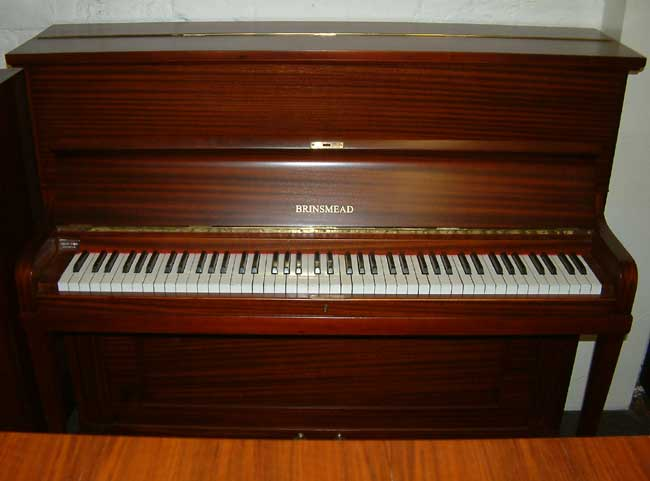Stanley Brinsmead Small Traditional Upright Piano In A