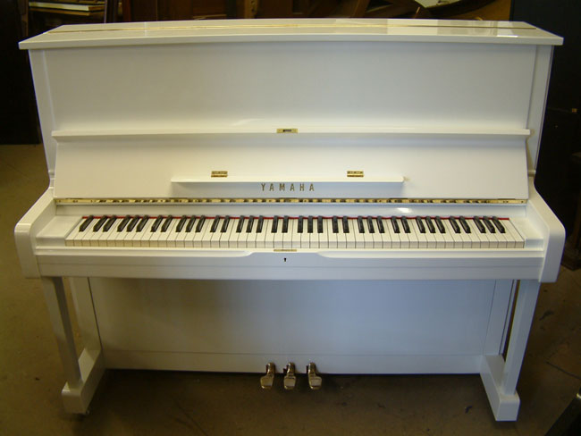 Yamaha u1 professional upright piano white gloss cabinet for Yamaha u1 professional upright piano