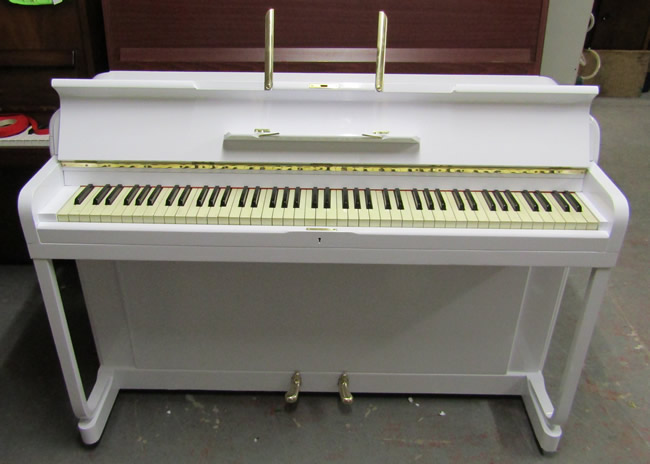 Small white gloss kemble minx upright ideal for bedrooms for Small upright piano dimensions
