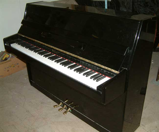 Niemeyer small modern upright piano in a high gloss black for Small piano dimensions