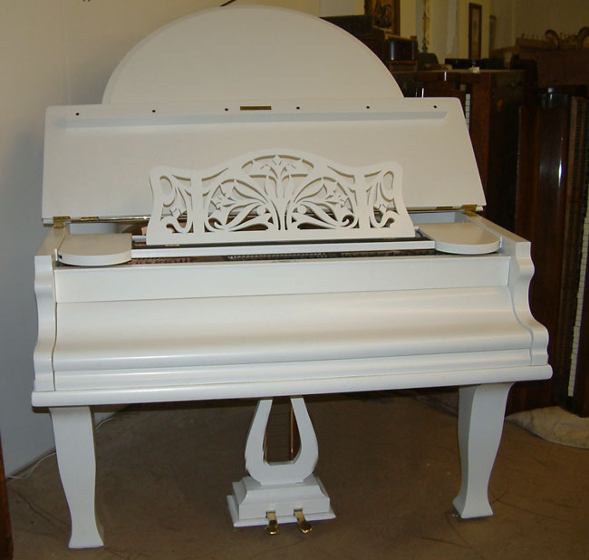 Butterfly Style Grand Piano